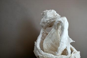 la-boudeuse-papier-de-soie-et-essuie-tout-50x45x45cm