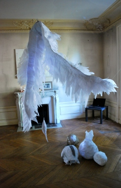 les-papiers-sembourgeoisent-installation-2011-nathalieleverger-3-95mo